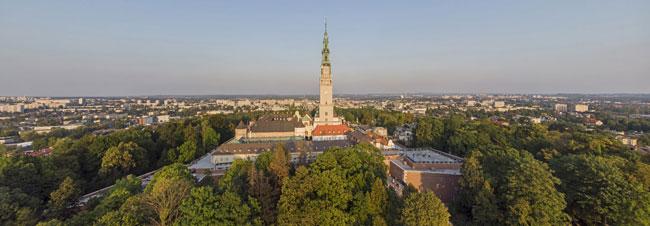 Częstochowa i klasztor na Jasnej Górze