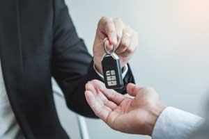 Kredyt na samochód czy leasing