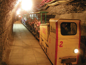 Podziemna kolejka w Kopalni Soli w Bochni